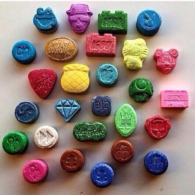 Blue superman ecstasy pills
